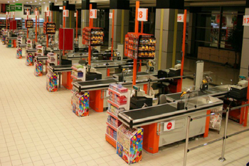 Supermarket Checkout Counter (1)